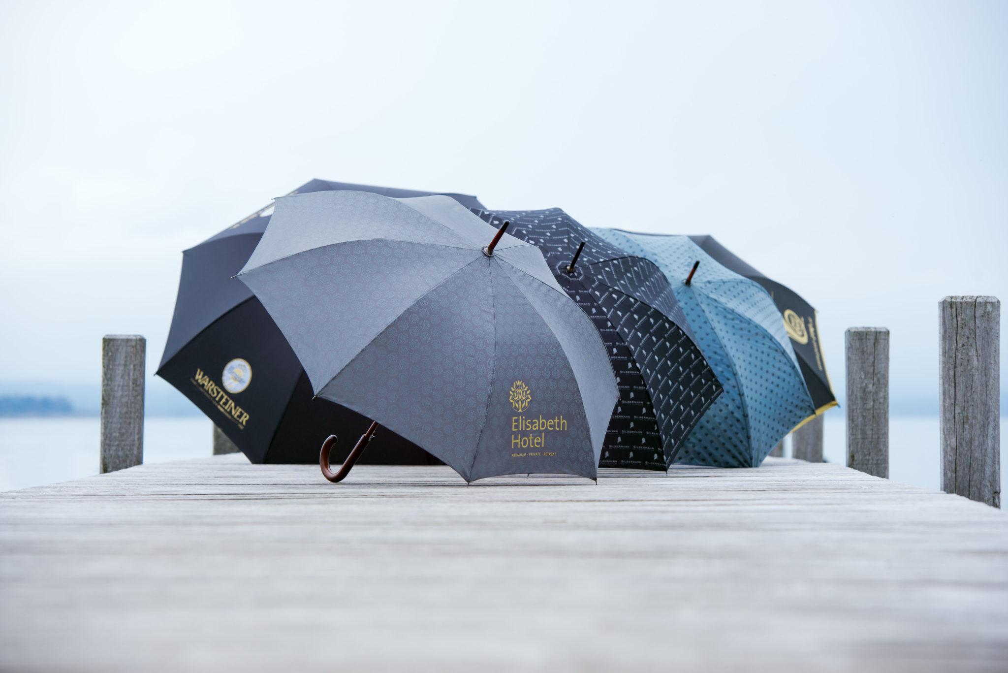 paraguas exclusivos personalizados abiertos surtidos