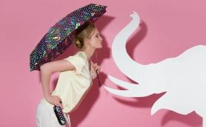 paraguas con protección solar con funda knirps