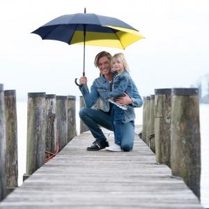paraguas doppler move con visera para espalda
